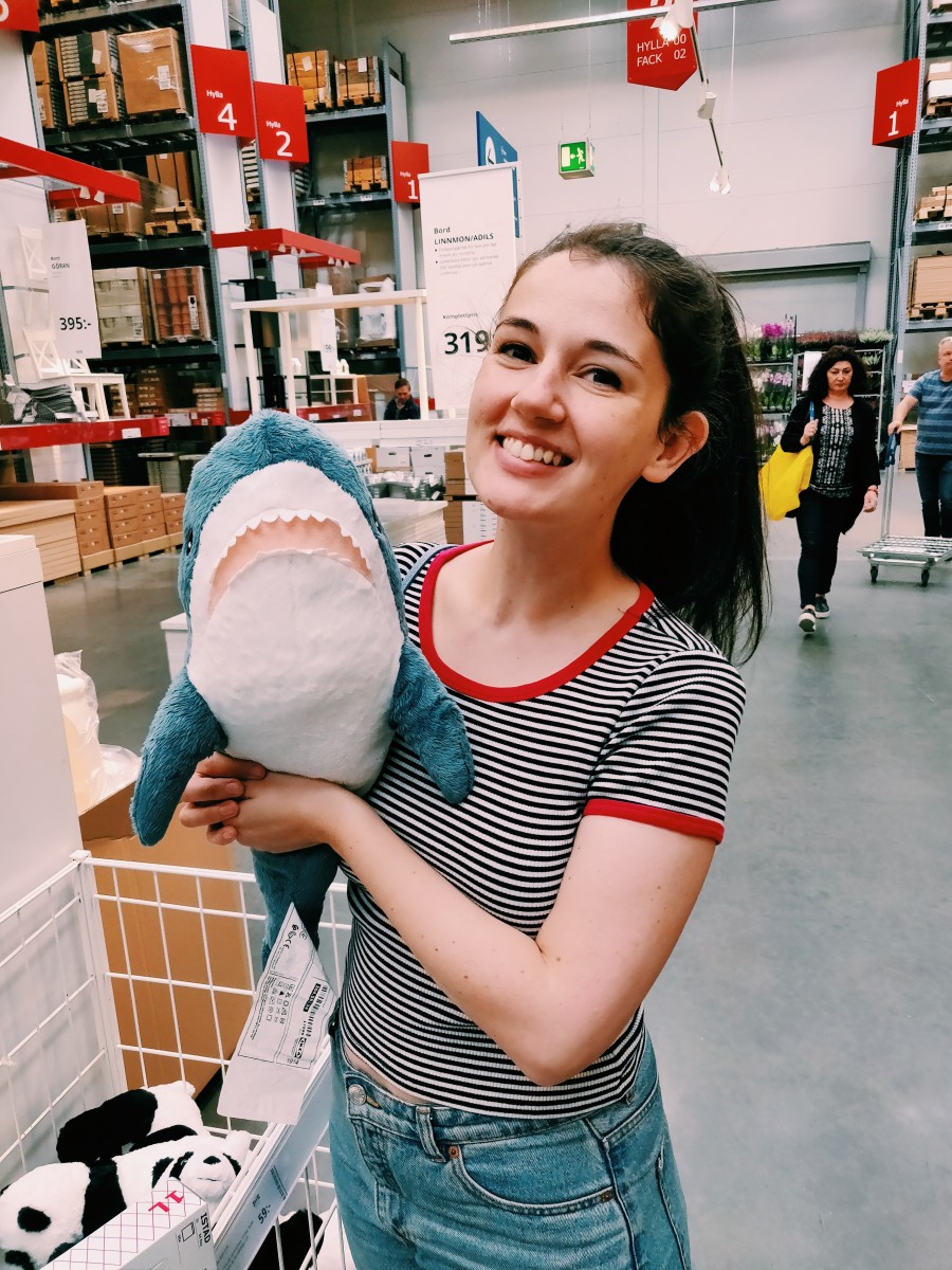 laura-being-adorable-at-ikea